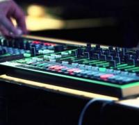 电子音乐与传统音乐的区别