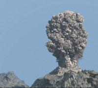 Maya模擬火山爆發特效制作視頻教程